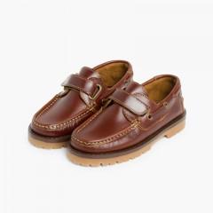 Sapatos de Vela com tiras aderentes   Castanho