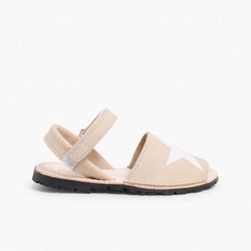 Sandálias Menorquinas Nobuck com Estrela e Velcro Bege