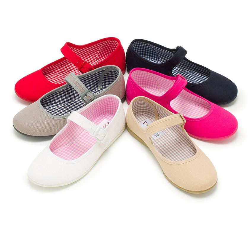 Sapatos Merceditas Tecido com Fivela Tamanhos Grandes
