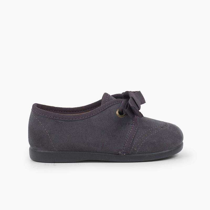 Sapatos Criança tipo Blucher com Laço e Picotados