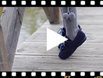 Video from Sapatos estilo Inglês Crianças de Camurça