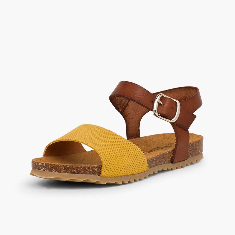 Sandálias Bio Couro e Camurça Gravada Menina