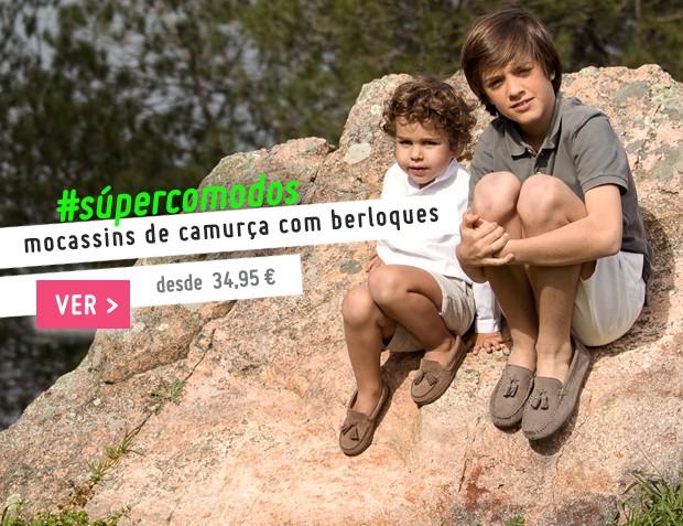 Mocassins de Camurça com Berloques Coleção Primavera Verão 2017