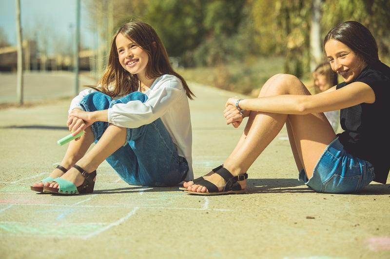 Sandálias Menina e Mulher Pisamonas
